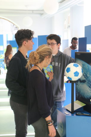 Expo Nano visit - Tissot class - 2e option chimie/biologie - St Michel