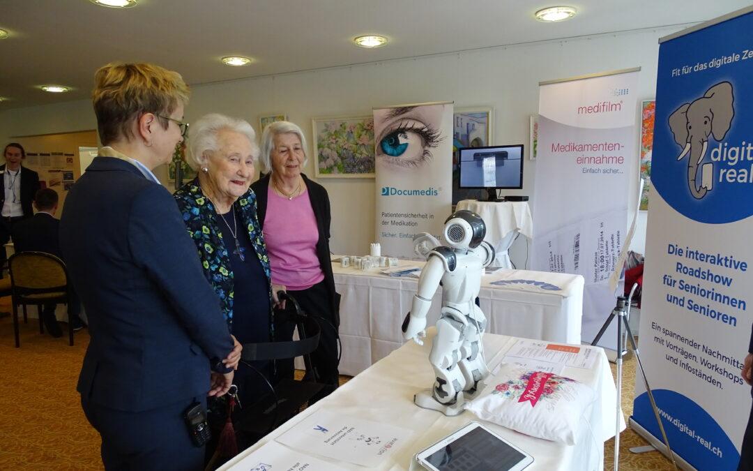 digital real – Digitale Starthilfe für Senioren in Alterszentren